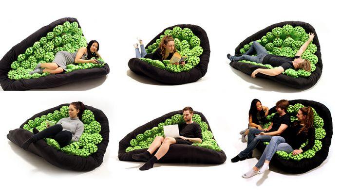 В нежных объятиях дивана-качалки
