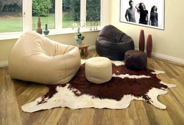 Креативный дизайн уместный в гостиной
