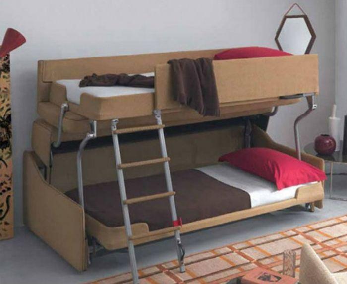Благодаря специальному механизму диван быстро трансформируется
