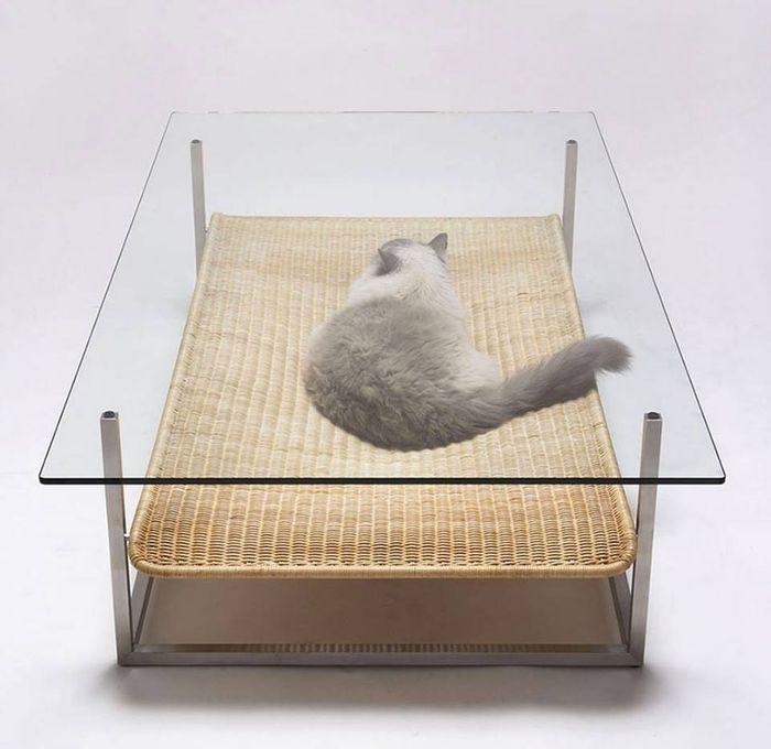 журнальный столик с гамаком Hammock, японского дизайнера Коичи Футацумата (Koichi Futatsumata)