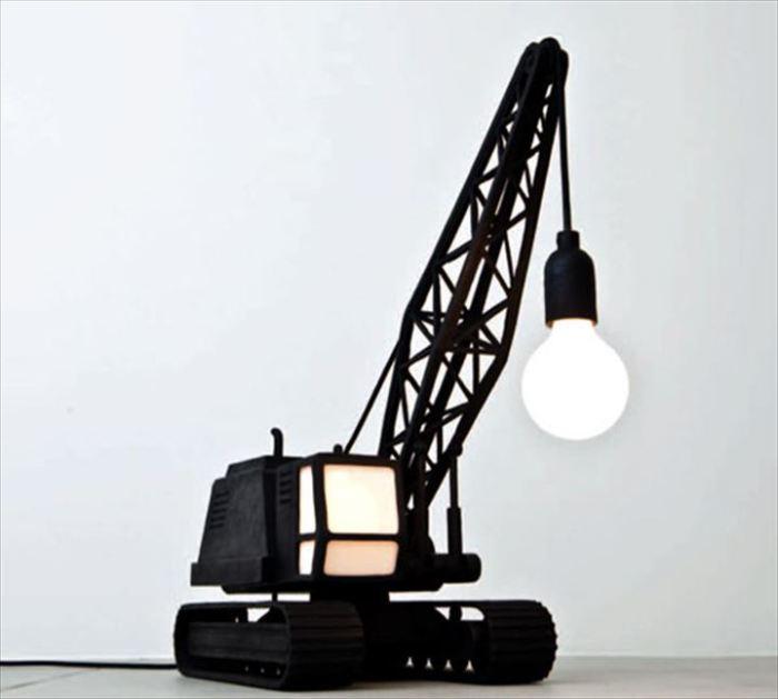 Бронзовый светильник от дизайнерской студии Studio Job