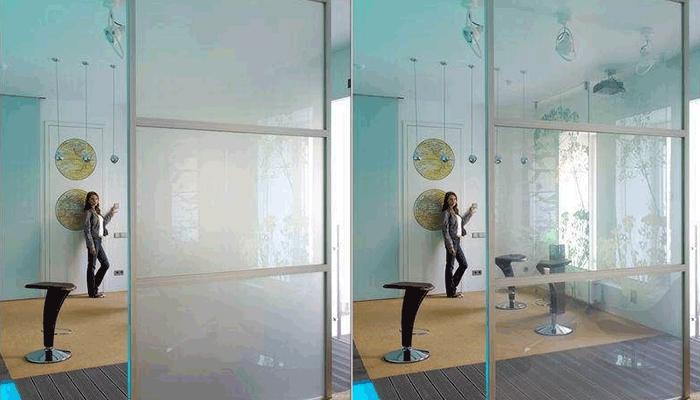 Такое стекло можно использовать в качестве зонирующего элемента
