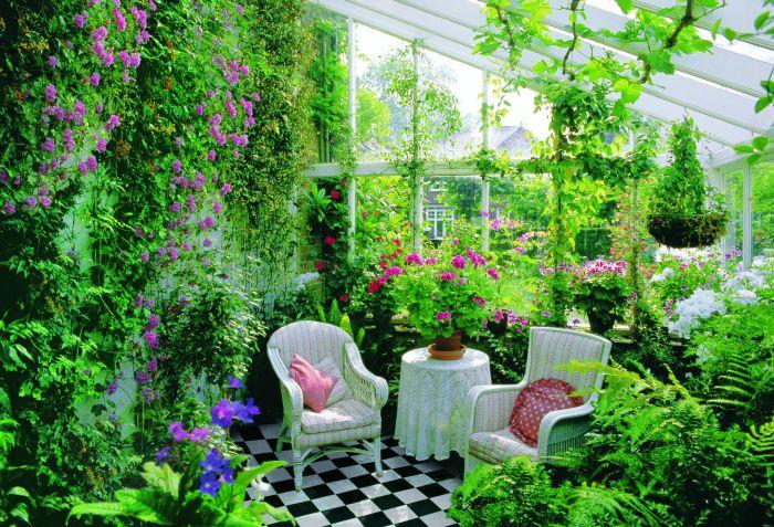 Зимний сад создающий гармонию и чувство вечного лета.