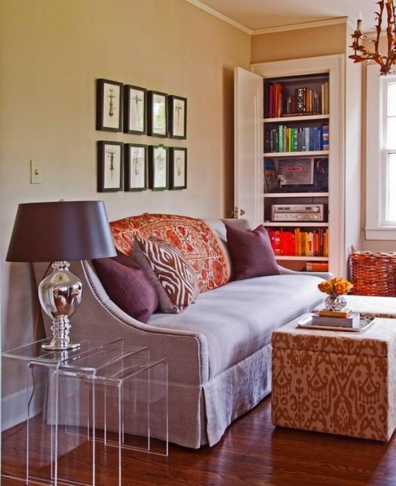 Встроенный шкаф, в отличие от традиционной конструкции, имеет ряд существенных преимуществ.