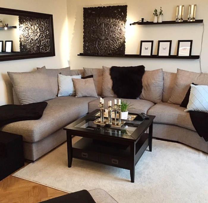 Удачное сочетание цветов и оттенков в интерьере гостиной комнаты – это не только красивый дизайн, но и уютная атмосфера.