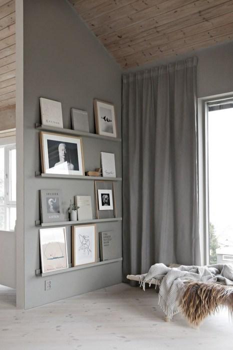 Металлические полки, покрашенные в цвет стен - интересный вариант для декорирования помещения, который можно воплотить в жизнь своими руками.