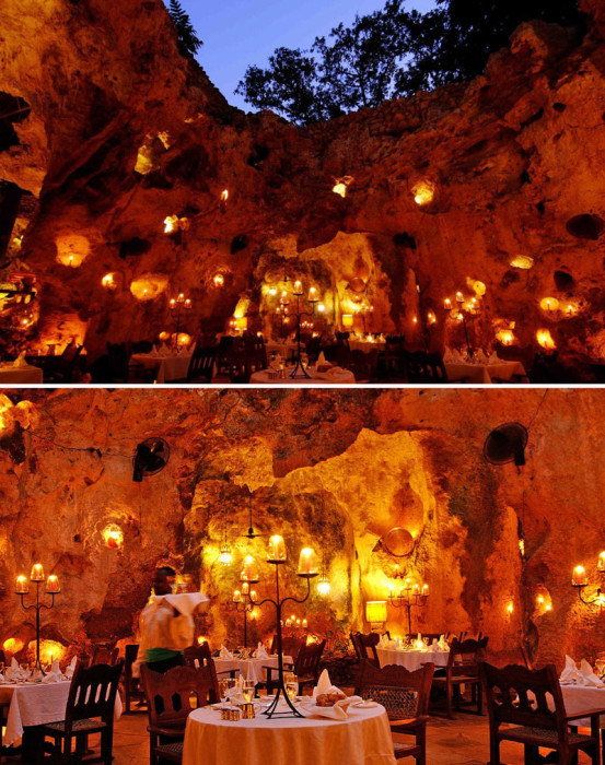 Ресторан «Ali Barbour Cave Restaurant» расположен всего в сотне метров от побережья Индийского океана в коралловой пещере.