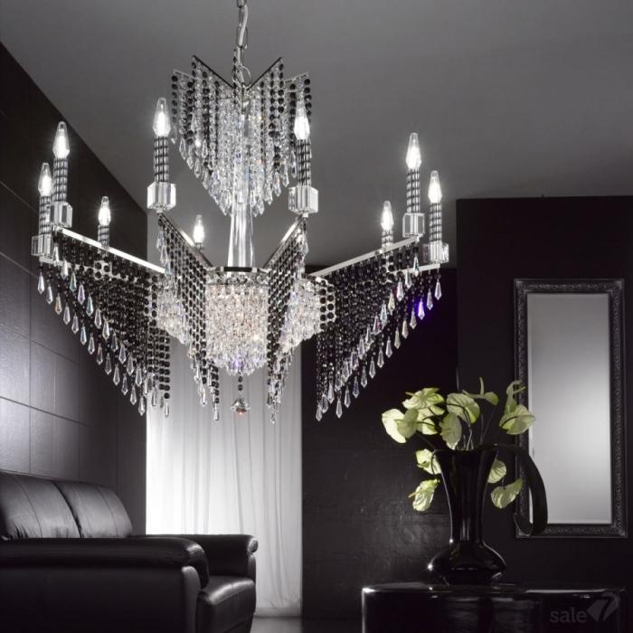 Потолочный светильник из муранского стекла – настоящее произведение искусства.