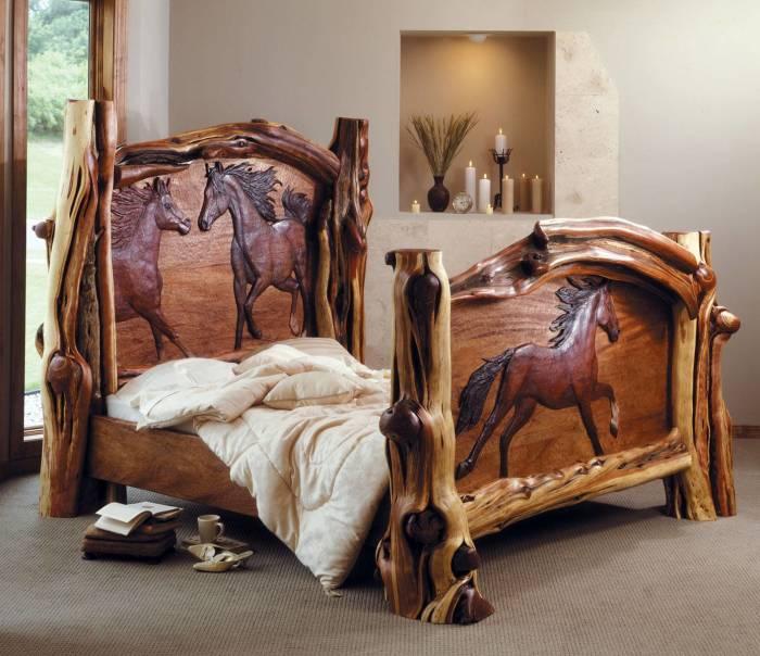 Резная древесина как материал для изголовья преобразит внешний вид не только кровати, но и всей спальной комнаты в целом.