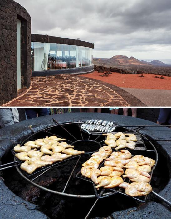 В ресторане «El Diabolo» можно отведать блюда, снятые прямо из огня, который исходит из жерла действующего вулкана.