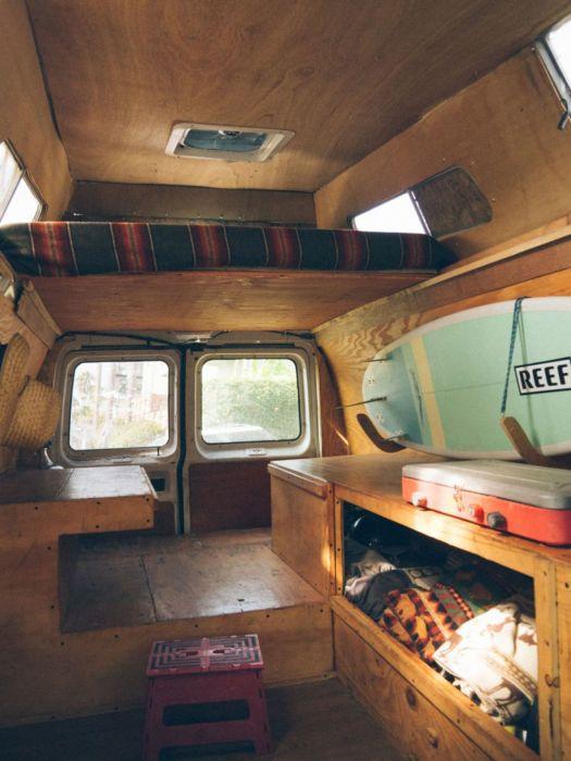 Внешний вид этого фургона остался без изменений, но интерьер был кардинально переделан.