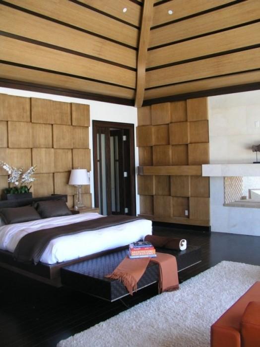Загородный дом, в интерьере которого гармонично сочетаются всевозможные деревянные элементы.