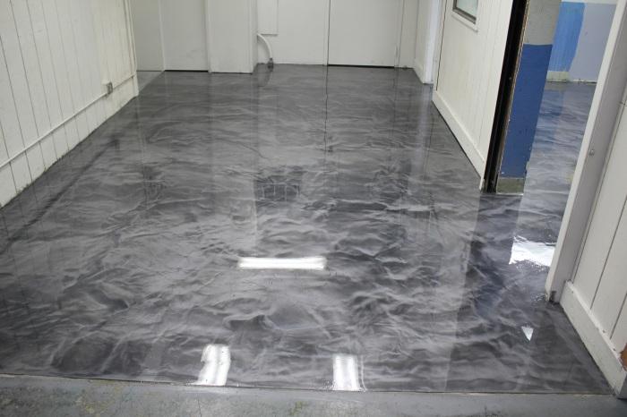 Эпоксидные материалы для напольного покрытия стали очень популярными и востребованными.