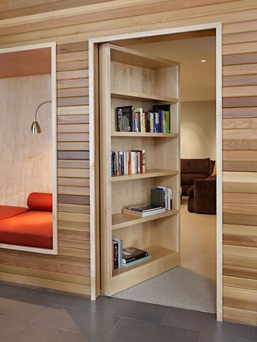 Потайные комнаты, созданные настоящими мастерами, таят в себе много интересных историй.