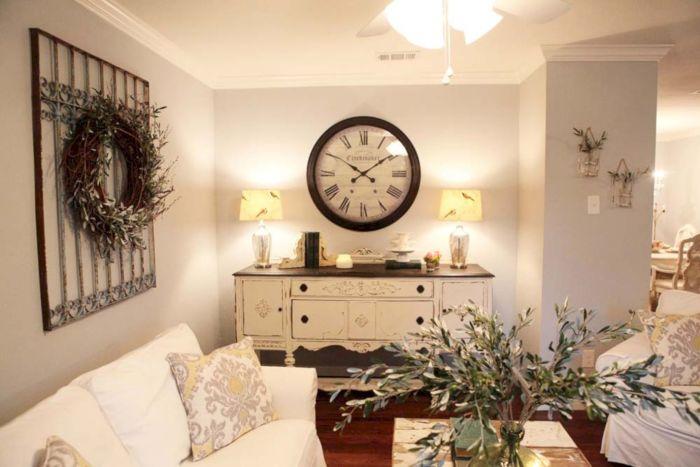 Оригинальная гостиная комната, которая является центром домашней жизни и лицом вашего дома.