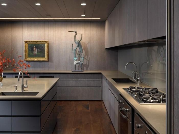 Кухонное пространство оформленное в стиле кантри.