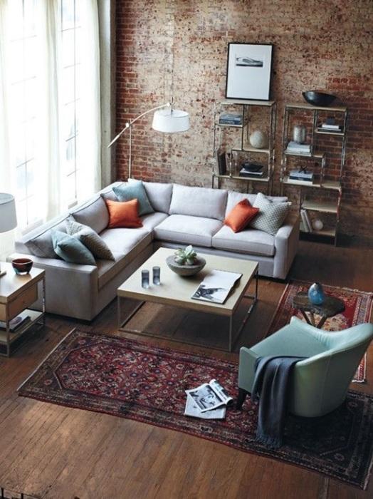 Цвет и стиль кирпичной кладки имеет огромное значение для общей атмосферы гостиной комнаты и её вида.