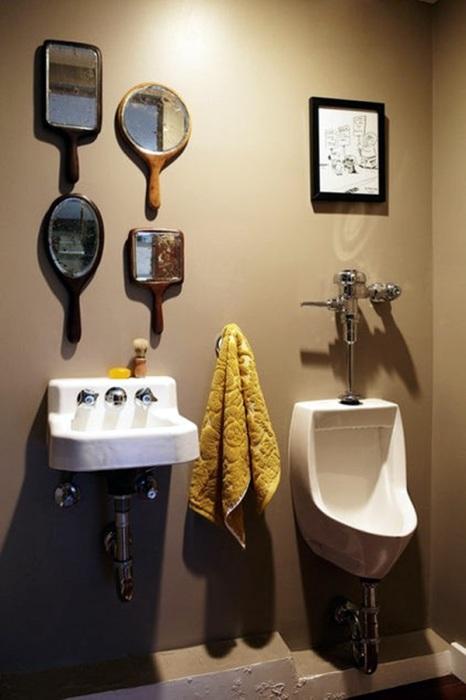 Стильный интерьер традиционной ванной комнаты за минимум средств.