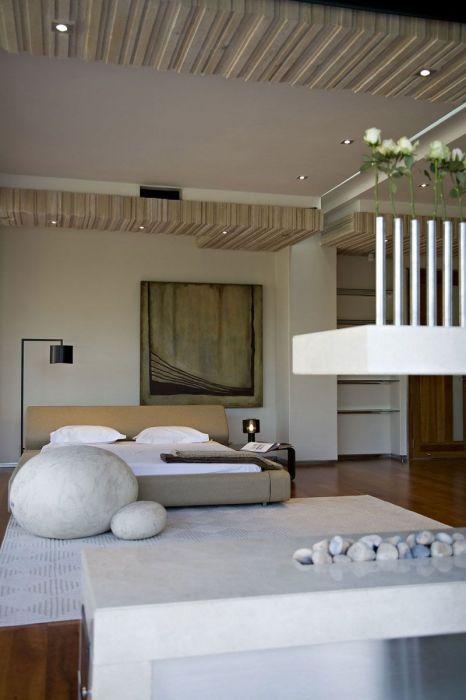 Спальная комната в японском стиле, в которой создана по-настоящему умиротворяющая атмосфера.