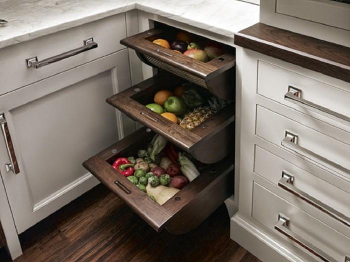 Система хранения, которую легко сделать своими руками, и которая отлично впишется в кухню, оформленную в стиле кантри.