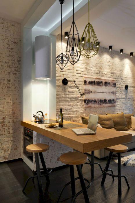 Дополнительная столешница, позволяет создать дополнительную рабочую или обеденную зону.
