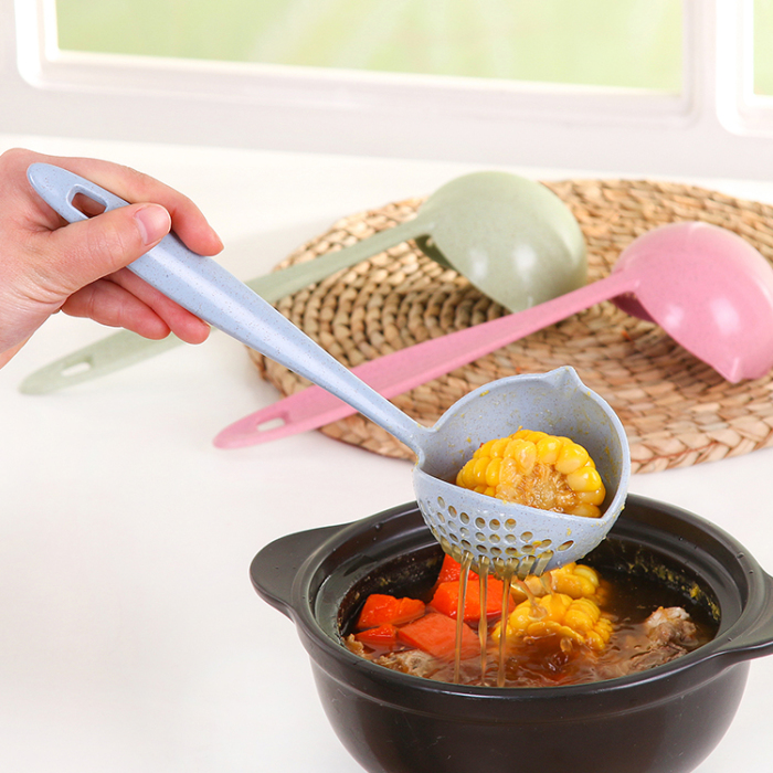 Простой, но нужный кухонный инструмент, который позволяет черпать, процеживать и сразу же сервировать любые продукты прямо из горячей кастрюли.