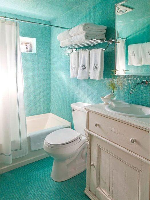 Ванная комната – это помещение, интерьер которого должен быть не только удобным и практичным, но и эстетичным.