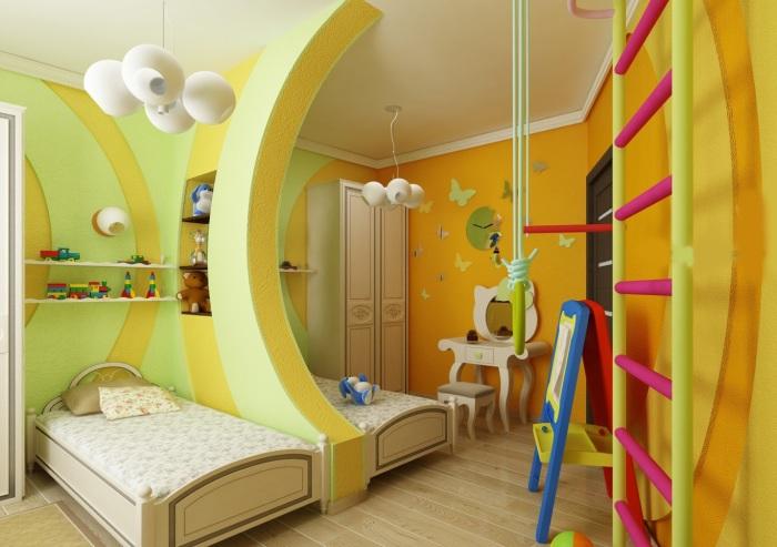 Выразительный интерьер детской комнаты, в которой по-настоящему создана сказочная атмосфера.