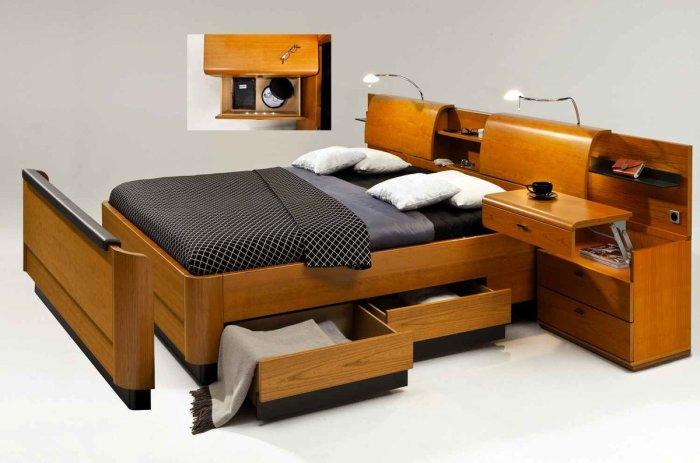 Необычная кровать с множеством секретов, которая станет настоящей изюминкой в вашей спальне.