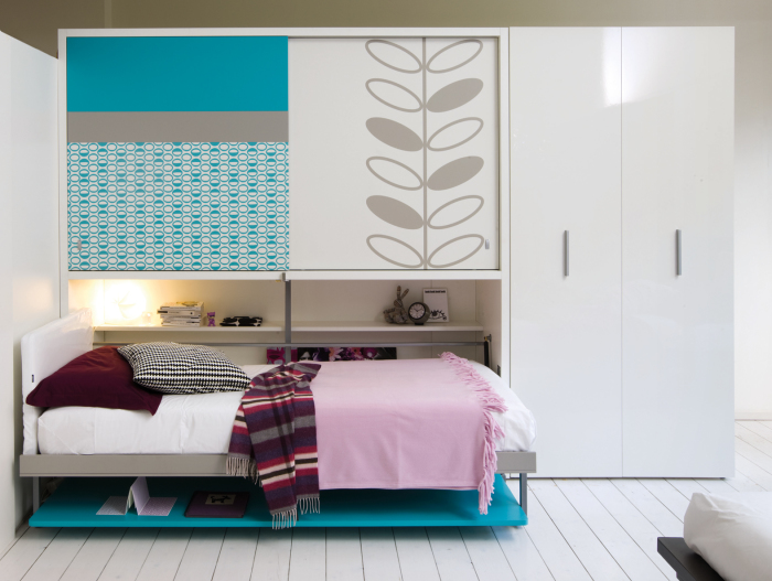 Красивая и надёжная дизайнерская конструкция, которая идеально подойдёт для любого помещения.