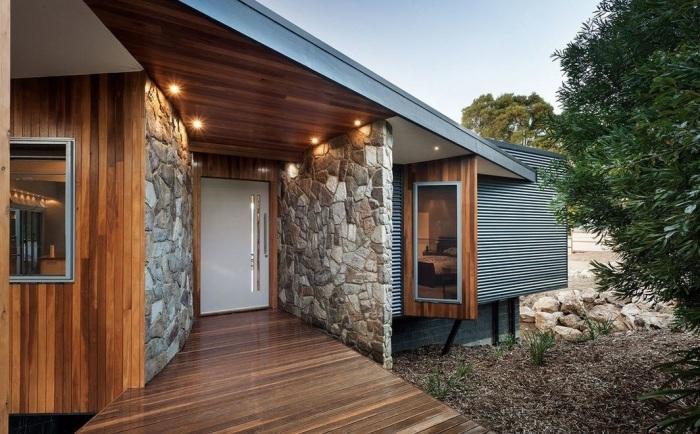 Блестящие идеи по обустройству крыльца, которое станет настоящим украшением фасада частного дома.