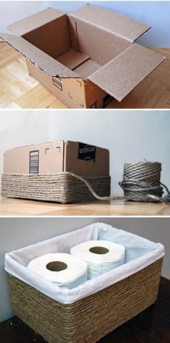 Отличная идея как из обычного картонного ящика сделать плетёную корзину для туалетной бумаги.