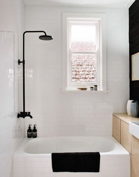 Контрастные цвета и оттенки - важный элемент в современном интерьере, который уже долгое время пользуется популярностью.