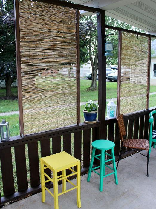 Среди всего разнообразия штор в последние годы особенно популярны бамбуковые жалюзи.