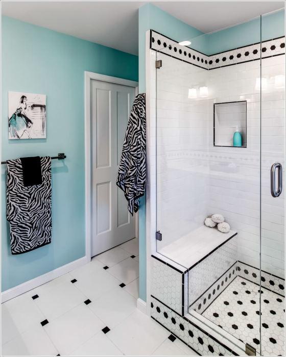 Эффективно зонировать пространство в ванной комнате удаётся путем размещения угловой или прямоугольной кабины либо возведения перегородки.