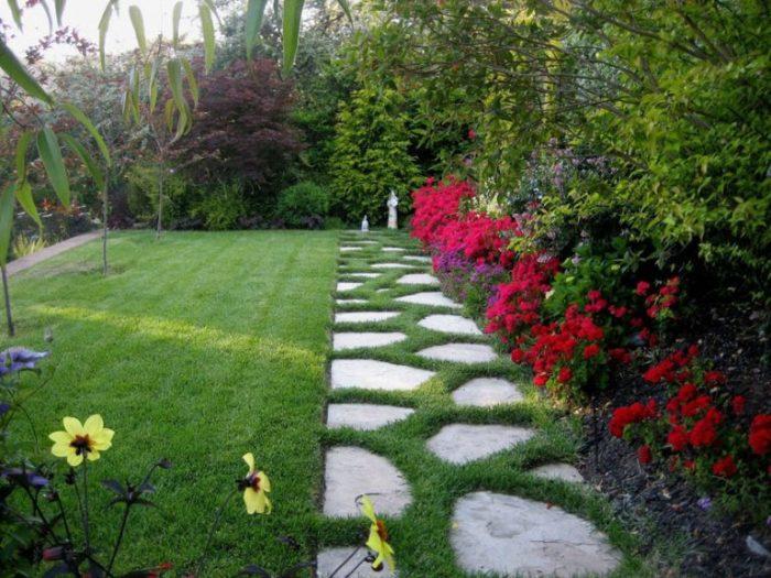 Отличный проект оригинального сада.