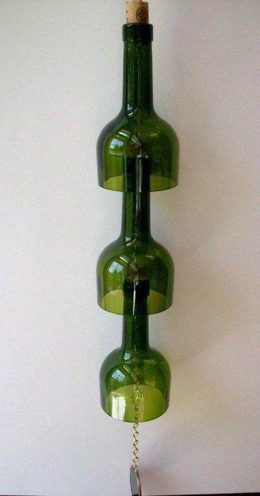 Колокольчик из винных бутылок для настоящих ценителей фен-шуя.