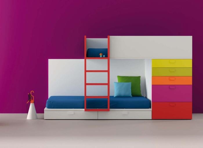 Акцентная стенка может находиться в интерьере каждой комнаты.