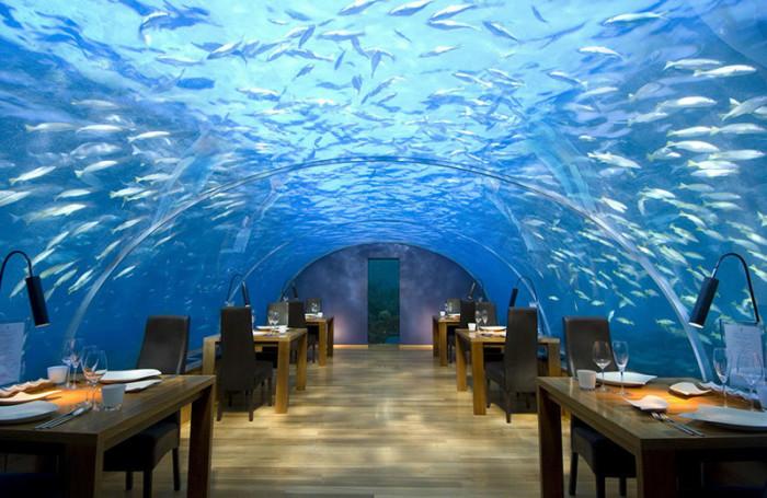 Самые удивительные рестораны мира, визит в которые запомнится на всю жизнь.