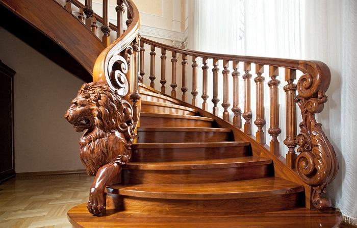 Уникальные изделия из резного дерева, которые сделают интерьер модным и изысканным.