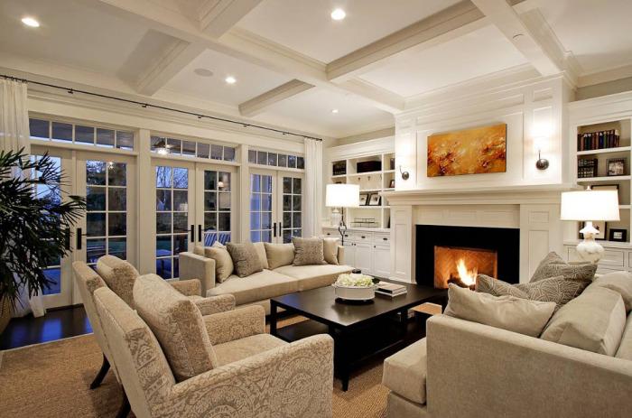 При помощи больших окон можно достичь наполненности гостиной комнаты естественным освещением.
