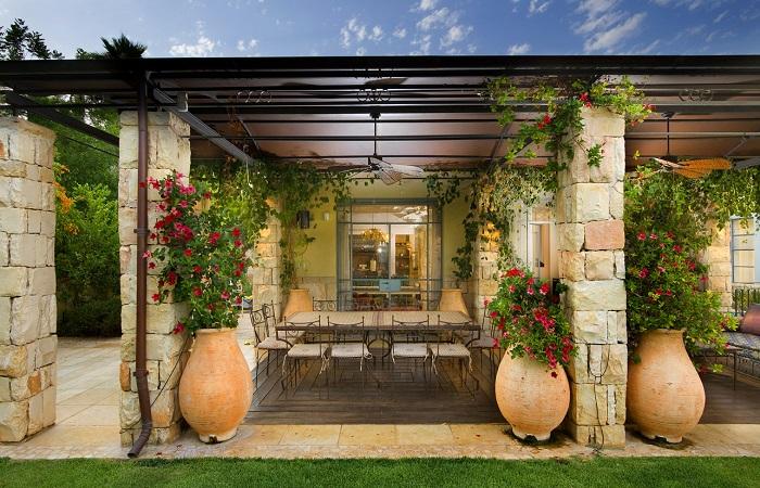 Восхитительные кашпо, которые подчеркнут все великолепие и гармоничность садового участка.