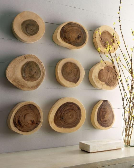 Спилы деревьев могут стать настоящей изюминкой современного интерьера.