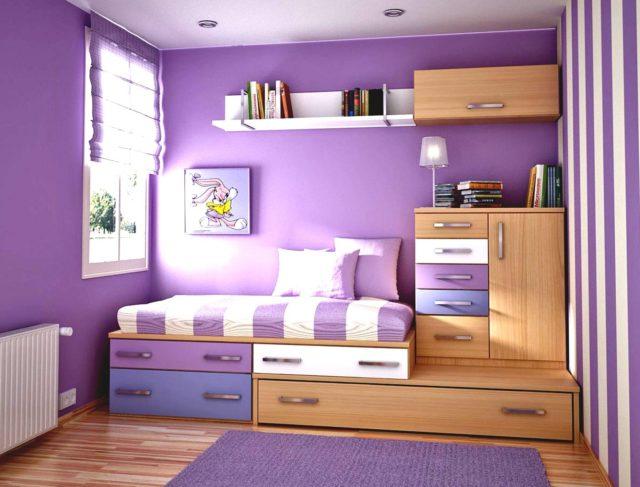 Детская комната, а особенно спальня для девочки, является целым миром, где ребенок проводит большую часть своего времени.
