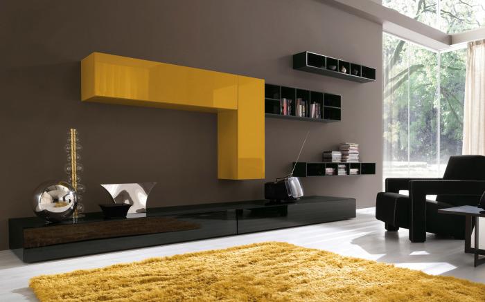 Солнечный желтый цвет давно перестал быть чем-то необычным, но по-прежнему привлекает дизайнеров.