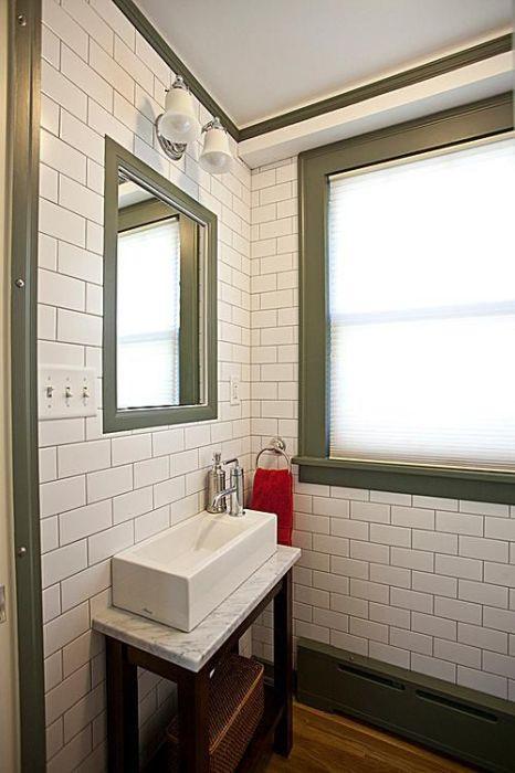 Преимуществом современного стилистического направления является то, что с его помощью можно создать эксклюзивный интерьер ванной комнаты, не потратив много денег.
