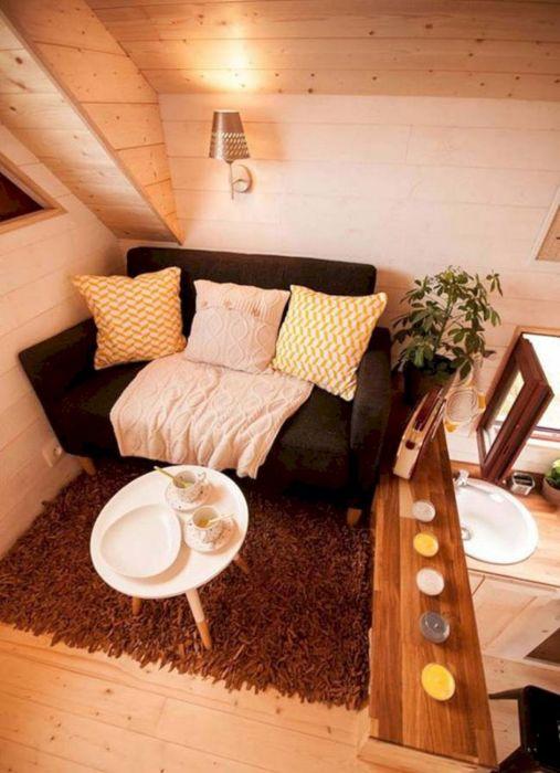 Французский стиль в интерьер гостиной комнаты – удивительная роскошь, в которой и заключается весь шик и изящество современных стилистических направлений.