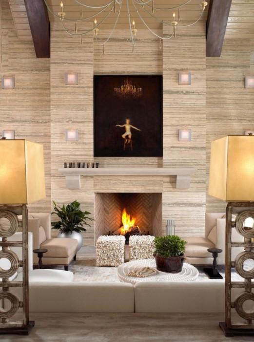 Правильная облицовка декоративным камнем позволит создают нежную и теплую атмосферу в помещении.