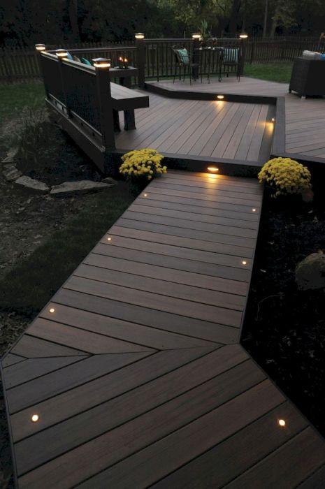 Встроенное освещение – важное условие в комплексном благоустройстве летнего патио.