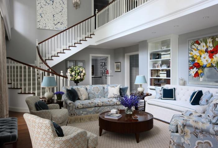 Любая стилистика вписывается гармонично в просторное и светлое помещение.